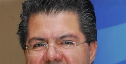 Velan restos del productor Santiago Galindo